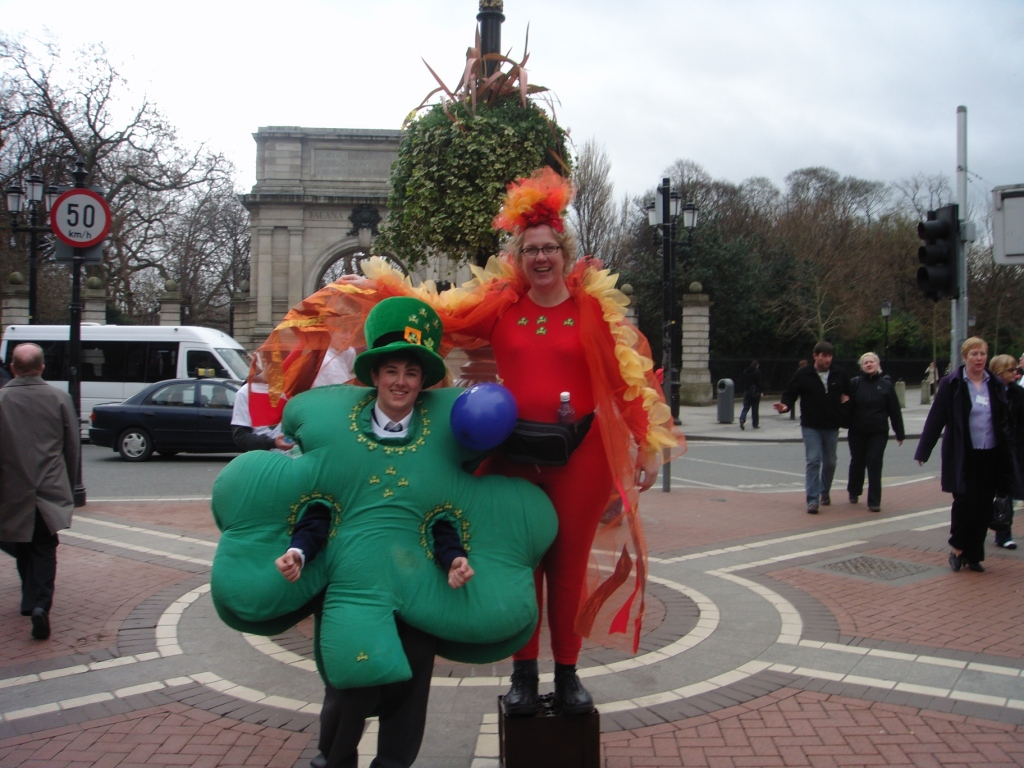 The Flamin' Shamrock at the top of Grafton Street - I now have no more shame!